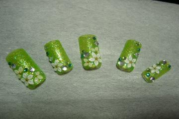 グリーンラメ花チップ.jpg